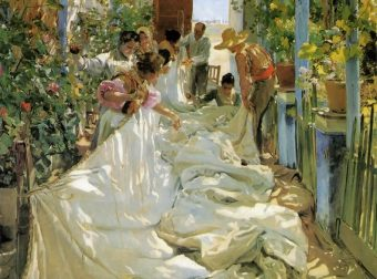 Joaquin Sorolla y Bastida, Mending the Sail, 1896, Oil on canvas, 302 x 220 cm, Museo d'Arte Moderna di Ca Pesaro, Venice, fine art, london, london fine art studios, oil painting workshops, art classes london