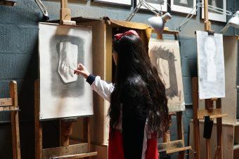 annam butt, annam, cast drawing, art school, art classes, art, london art classes, london art school, london fine art studios, fine art