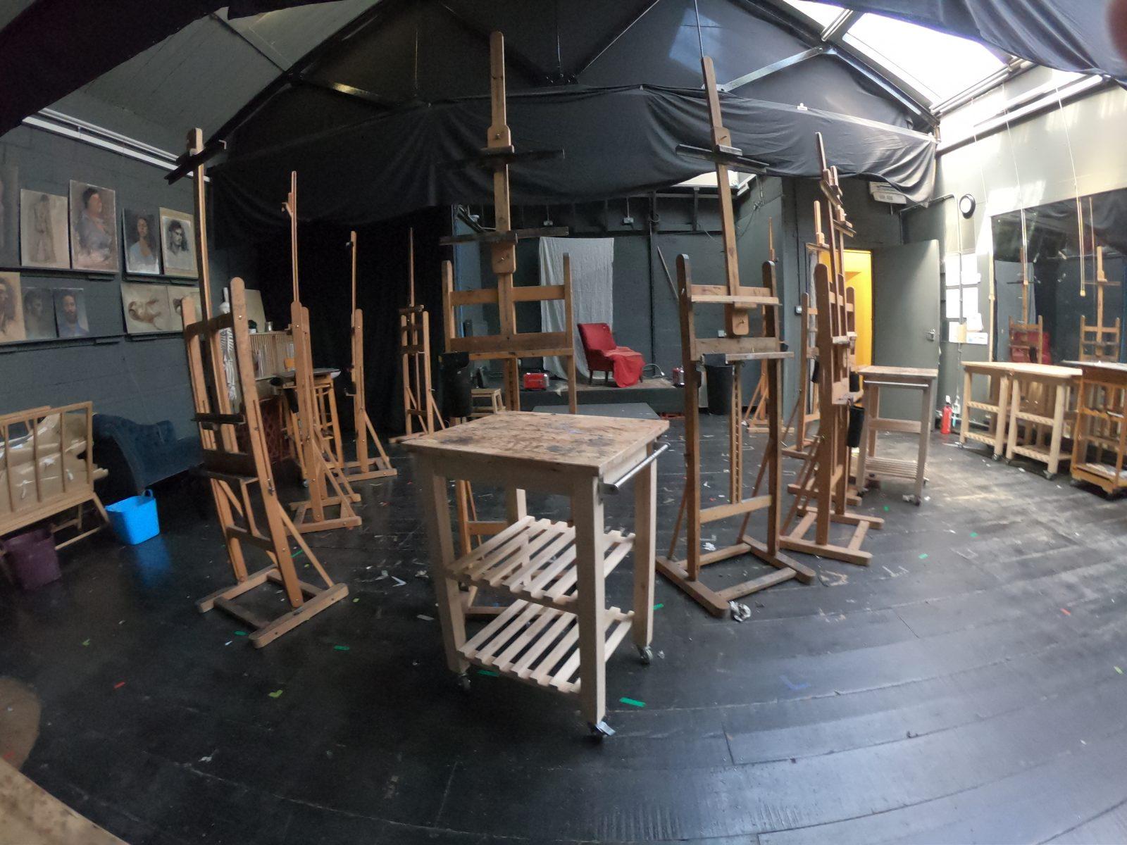 london fine art studios, visiting artists, international artists, art studio, london art studio, london fine art studio, london art, art classes, artists, fine artist, art workshops, oil on canvas, arted, artsed, ArtTeacher, ArtEducation, moreARTnotless, art studio
